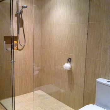 Shower Screens Blue Mountains 19